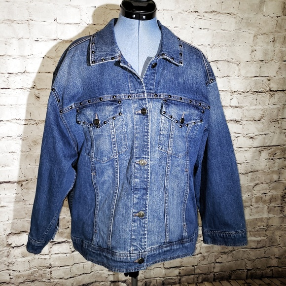 b07afb034454d NWT Kate Spade Oversize Denim Jacket Medium Wash NWT